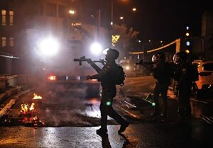 تشدید درگیریها در قدس اشغالی/ قدس به پادگان نظامی اشغالگران تبدیل شد/ تعداد زخمیها به۸۰ نفر رسید