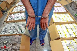 عکس/ انهدام باند قاچاق دارو به خارج از کشور در مشهد