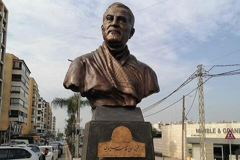 ما قول میدهیم چهره ایران را برای خوشامد آمریکا اصلاح کنیم! / این تندیس حاجقاسم ماست!؟