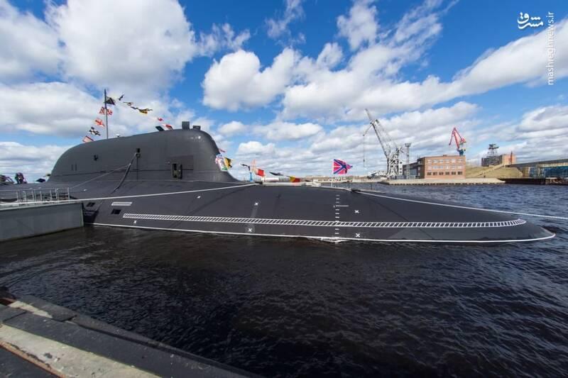 تحویل زیردریایی اتمی به ارتش روسیه+عکس