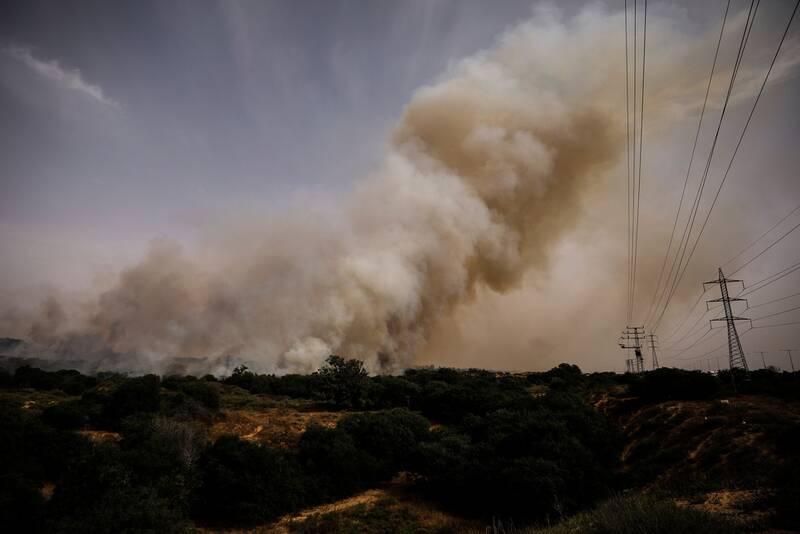 بادبادک فلسطینیان فعالیت قطارهای اسرائیل را متوقف کرد+عکس