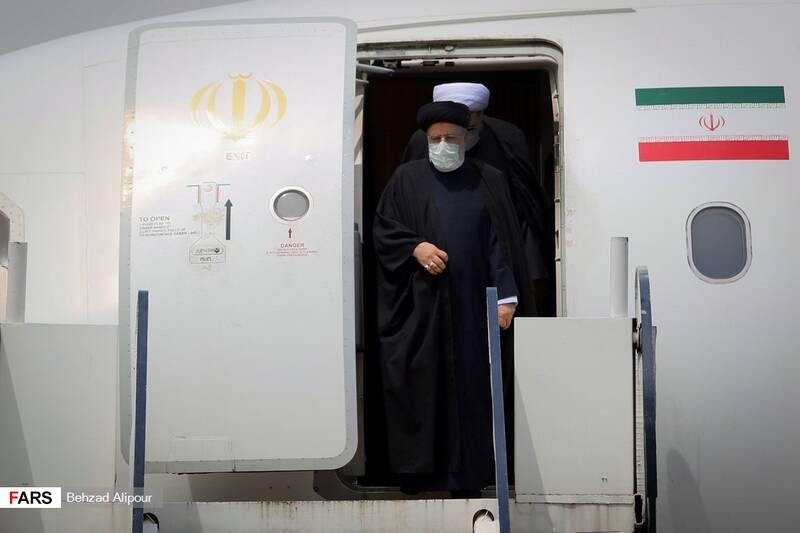 ورود آیت الله سید ابراهیم رئیسی رئیس قوه قضائیه به فرودگاه همدان