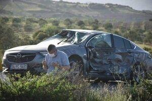 عکس/ نماز شکر بعد از تصادف