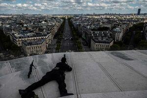 عکس/ استقرار تک تیراندازان در پاریس