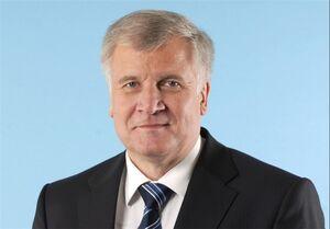 ابتلای وزیر کشور آلمان به کرونا با وجود تزریق واکسن فایزر