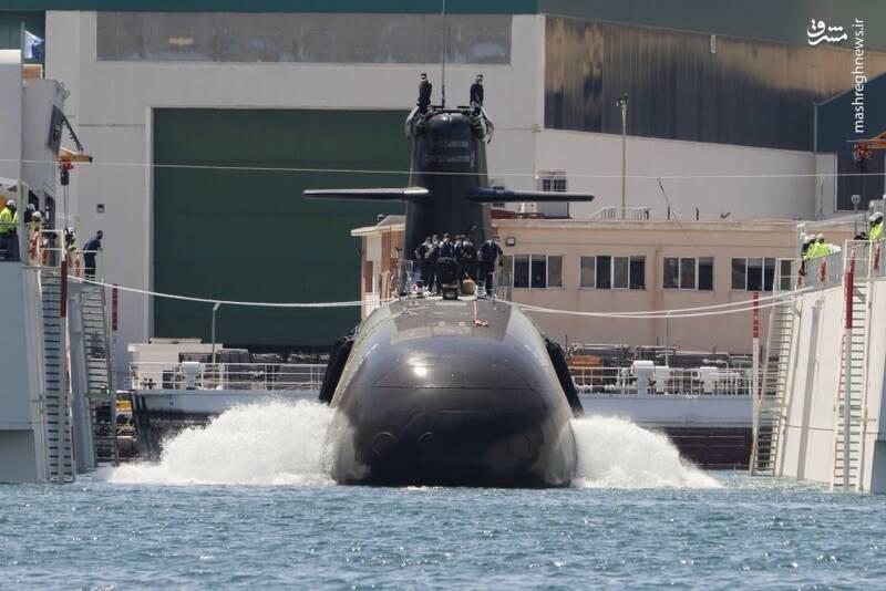 عکس/ زیردریایی جدید اسپانیا به آب افتاد