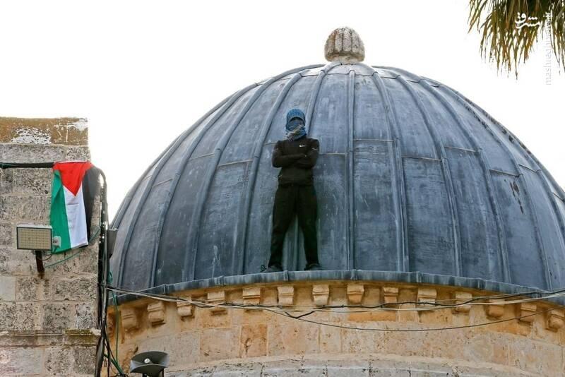 محله شیخ جراح قدس، خواستگاه انتفاضه سوم / مسجد الاقصی در آتش و خون؛ عقبنشینی دادگاه اسرائیلی از حکم تخلیه منازل خانوادههای فلسطینی +تصاویر و فیلم