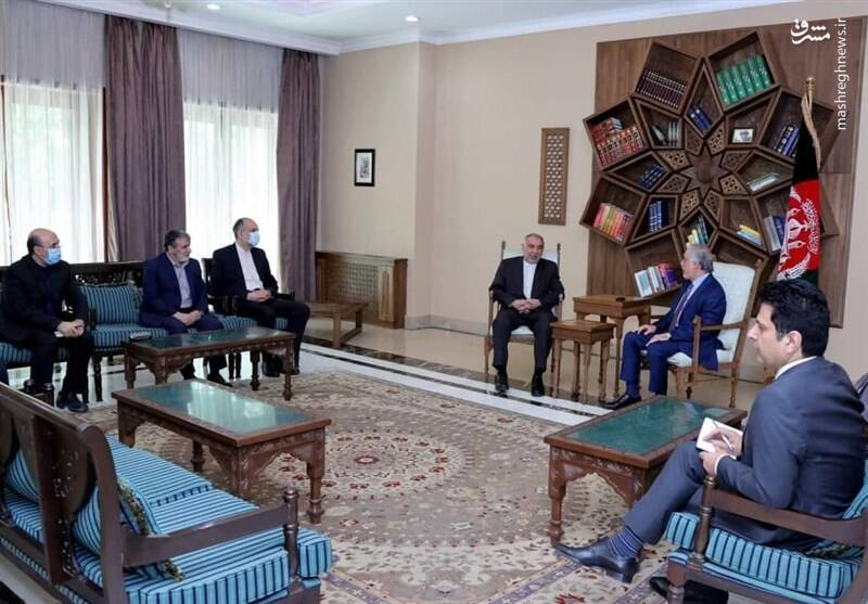 دیدار نماینده ویژه ظریف و «عبدالله» در کابل