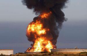 عکس/ تاسیسات نفتی صهیونیستها همچنان در آتش