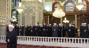 عکس/ اقامه نماز عید فطر با حضور بشار اسد