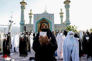 عکس/ اقامه نماز عید سعید فطر در فضای باز