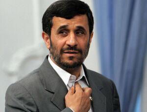 یک استاد ارتباطات: احمدی نژاد توجه می خواهد