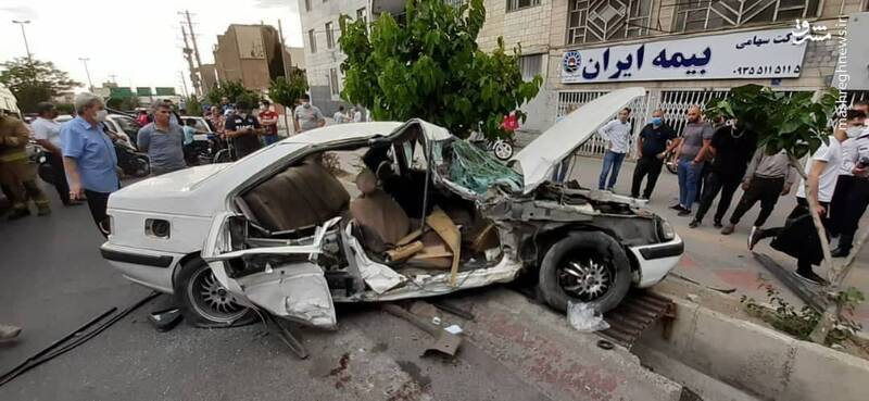 تصادف مرگبار سواری پژو در بزرگراه آبشناسان تهران