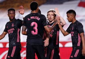 رئال مادرید در رقابت قهرمانی باقی ماند