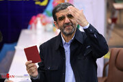 پیشنهاد یک سمت جذاب به ضرغامی/ اعتراض یک آدم گرسنه به سیاستهای ایران!