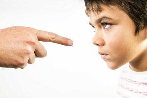 چطور با کودک «لجباز» برخورد کنیم؟