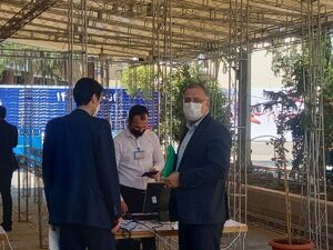 عکس/ زاکانی با چه کسی وارد ستاد انتخابات شد؟