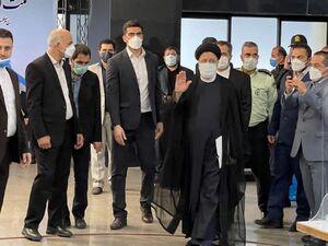 """فیلم/ """"حجتالاسلام رئیسی"""" در ستاد انتخابات کشور"""