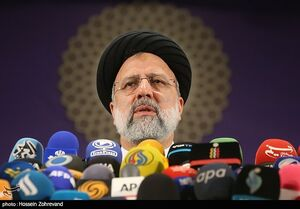 عکس/ نشست خبری آیت الله رئیسی در ستاد انتخابات