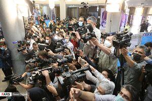 عکس/ حضور رسانهها در آخرین روز ثبتنام انتخابات