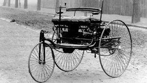 فیلمی از اولین اتومبیل دنیا