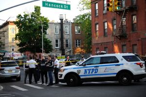 عکس  تیراندازی در نیویورک و شیکاگو با ۶ کشته و مجروح