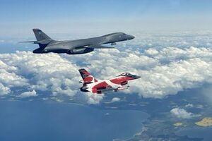 تمرین حمله به روسیه و بلاروس از سوی هواپیماهای ناتو - کراپشده
