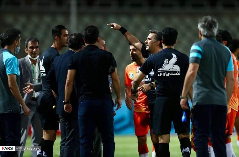 گزارش تصویری از دیدار تیمهای فوتبال سایپا و پیکان