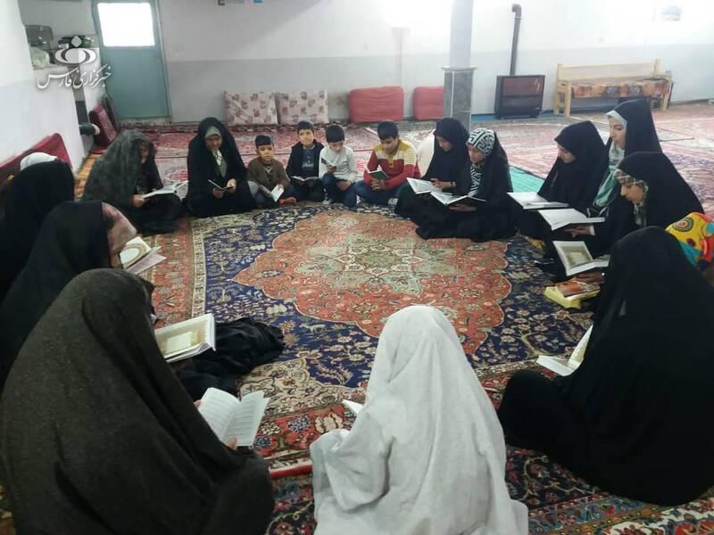 مسجدی که برای زنان روستا درآمد میلیونی دست و پا کرد +عکس