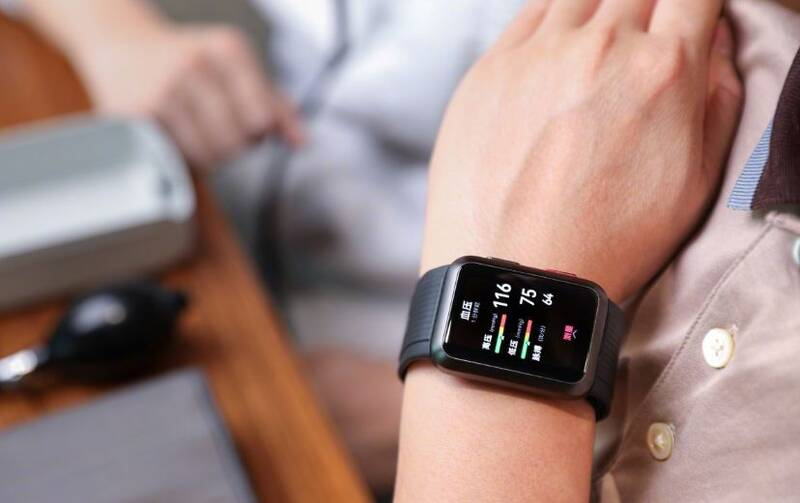 ساعت جدید هواوی با ویژگی سنجش فشار خون و نوار قلب