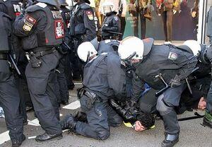 درگیری پلیس برلین با معترضین به دولت آلمان+ فیلم