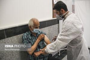 عکس/ واکسیناسیون سنین ۷۰ به بالا در سمنان