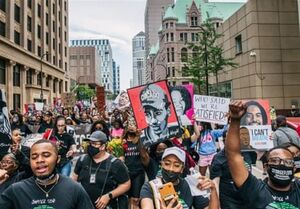 رایزنی خانواده جورج فلوید با بایدن درباره اصلاح ساختار پلیس آمریکا
