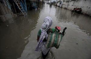 فیلم/ سیلاب در اردوگاههای مسلمانان «روهینگیا»