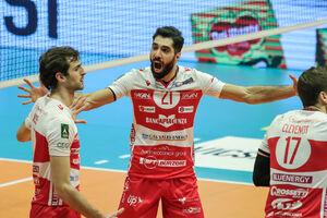 ستاره والیبال ایران به فنرباغچه پیوست