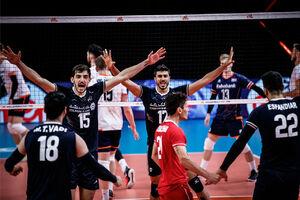 شک نکنید با این جوانان آینده والیبال درخشان خواهد بود/ بپذیریم بی نیازی ایران از مربی خارجی زود است