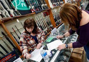 یک پنجم یانکیها برای نخستین بار اسلحه خریدند