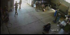 حمله نظامیان آمریکا به یک کارخانه غیرنظامی در بلغارستان +فیلم