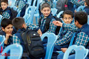 احتمال بازگشایی مدارس از مهرماه؛ واکسیناسیون معلمان تا پایان مرداد
