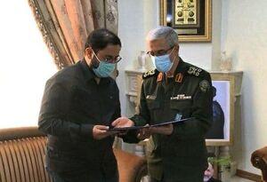 عکس/ اعطای درجه سرلشکری به خانواده شهید حجازی