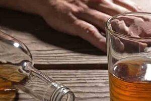 مسمومیت با نوشیدنی ۱۲ نفر را راهی بیمارستان کرد