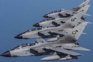 جنگندههای سعودی شبانه یمن را بمباران کردند