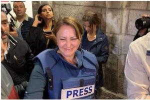 فیلم/ لحظه آزادی خبرنگار الجزیره و در آغوش گرفتن فرزندش