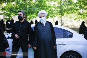 عکس/ حجت الاسلام طائب در مراسم تشییع شهید عبدالله زاده