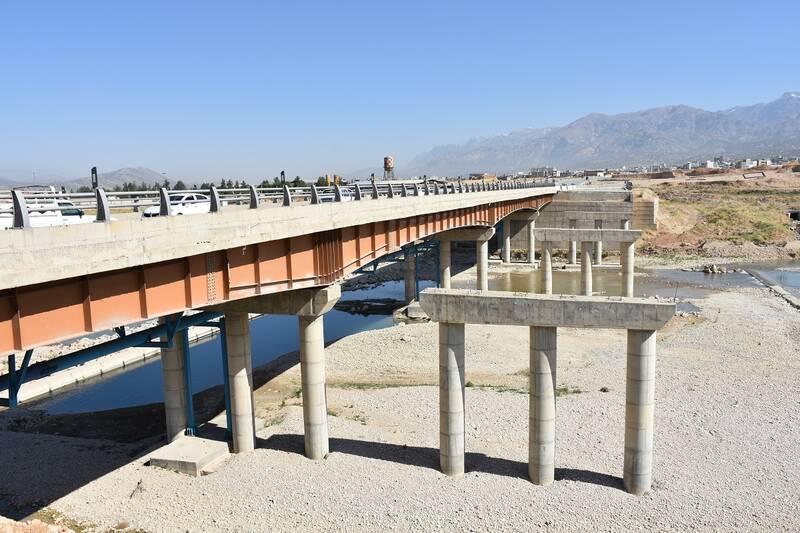 وقتی دولت روحانی روی پل سوم بشار زمینگیر شد +فیلموعکس