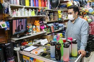 عکس/ حال و هوای مشهدیها هنگام پخش دومین مناظره