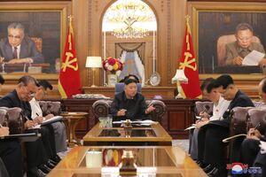 """عکس/ اتاق جلسه جدید """"کیم جونگ اون"""""""