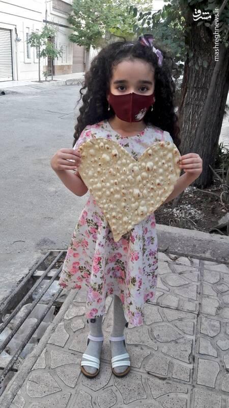 این نانوا اینطوری حال مردمو خوب میکنه+ عکس