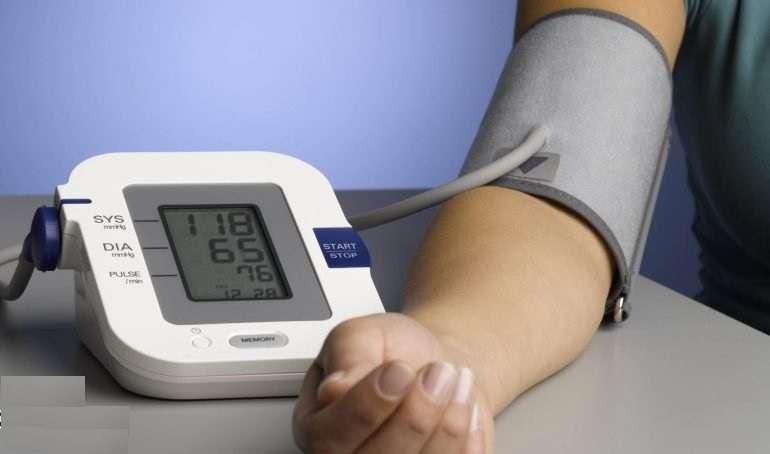 انتخاب دستگاه فشار خون خانگی