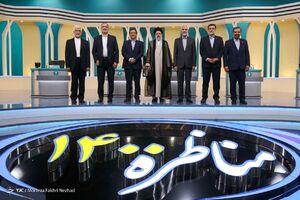 عکس یادگاری کاندیدها در پایان مناظره